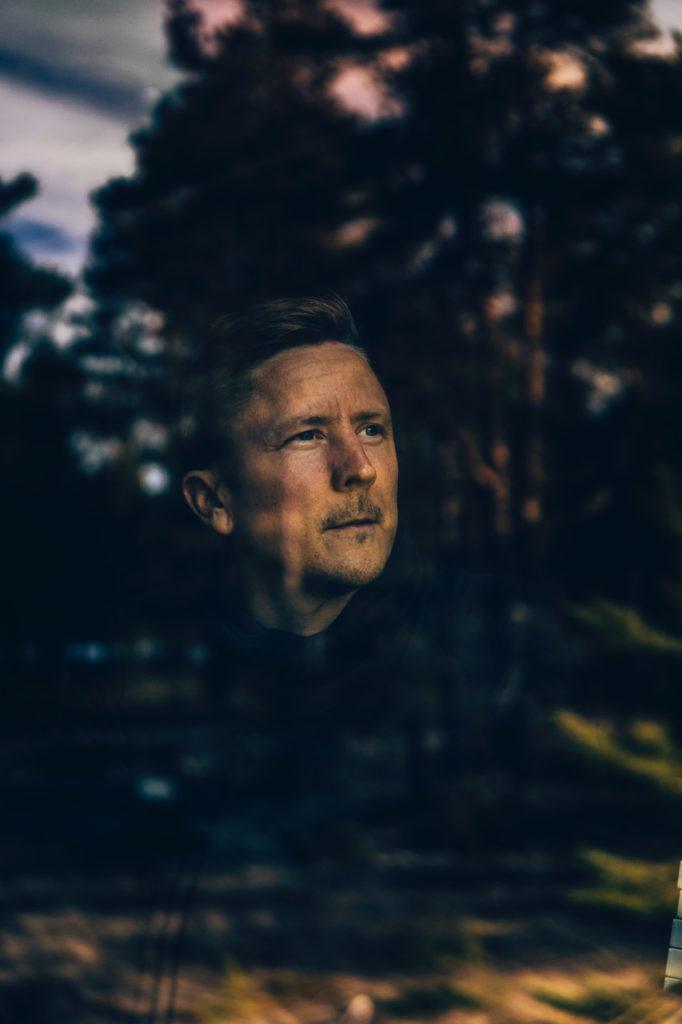 "Vladislav Delay's New Album is a ""Romantic Summer Vision Full of Hope and Optimism"""
